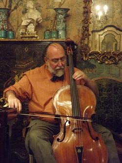 Claudio-Ronco-al-violoncello